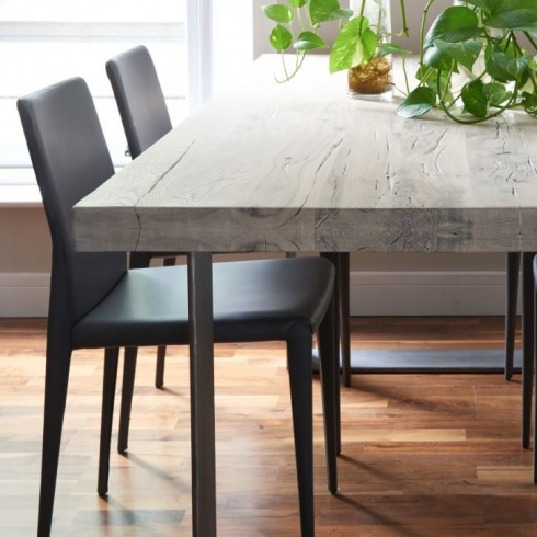 Rustik Dining Table From Stock